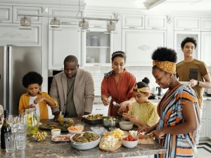 Top Tips to Spice Up Your Naija Family Meal Time